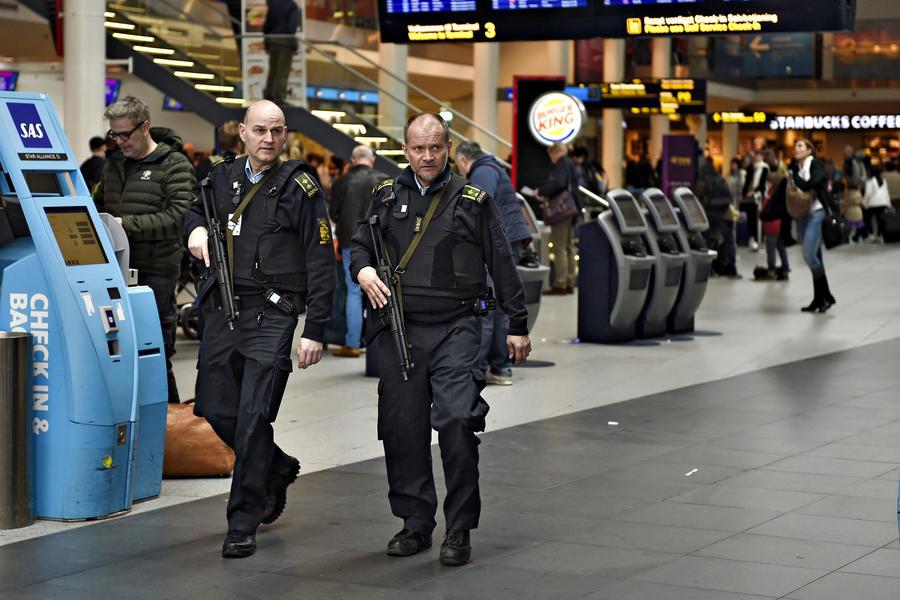 На аэровокзалах ЕС усиливаются меры безопасности