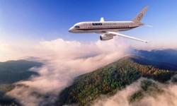 Арендовав самолет во Франции